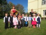 Piecgadīgo bērnu grupa. Audzinātāja Baiba Dišteina, skolotāja palīdze Sarmīte Daņilova